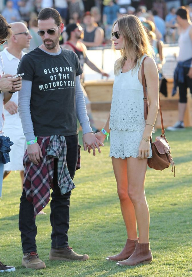 72791563_kate-bosworth-coachella-2013_1
